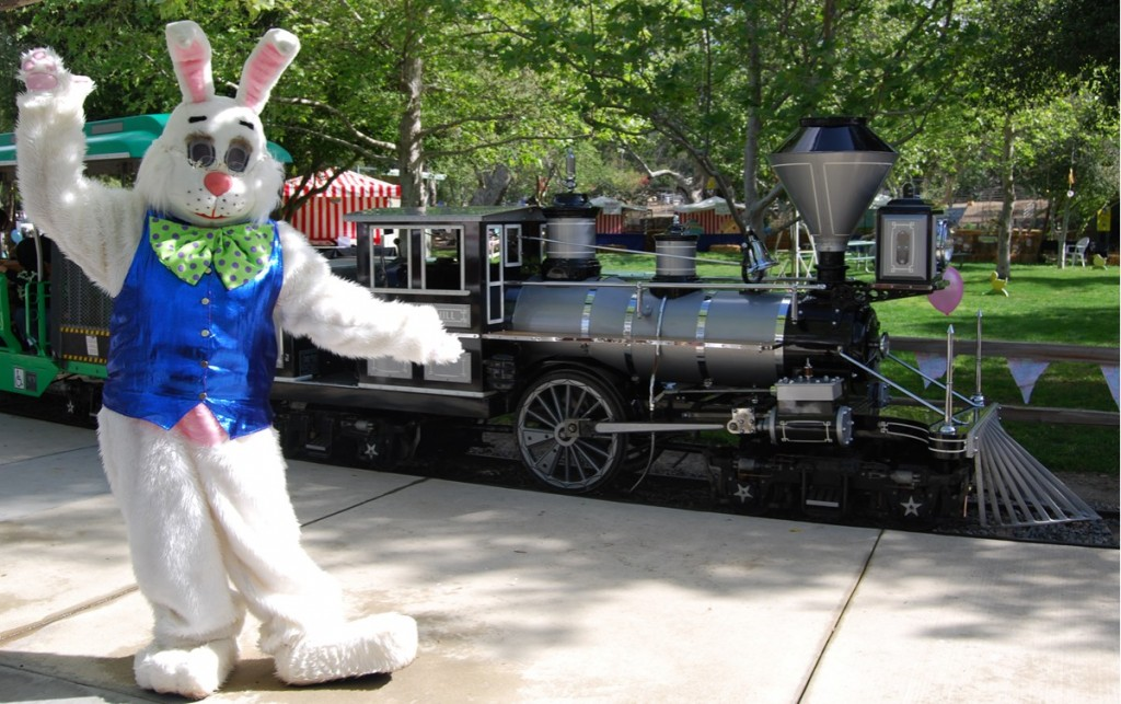 Easter Eggstravaganza Bunny and Train (1)