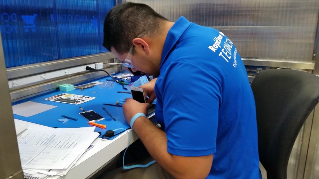 Sam's Club Mobile Repair Pilot Corona 4709
